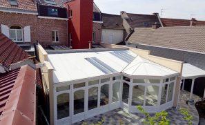 Véranda et Extension avec terrasse bois en toiture et cage d